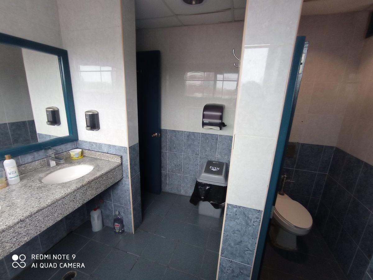 4 de 7: Baños generales