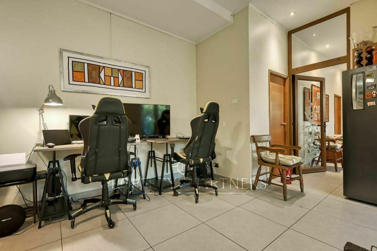 18 de 23: Home office