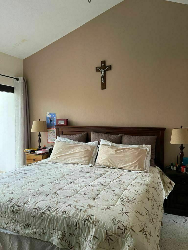 24 de 27: dormitorio principal
