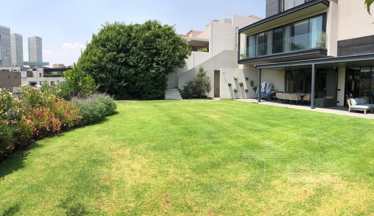 43 de 45: Jardín grande casa venta bosques de las lomas 4 habitaciones
