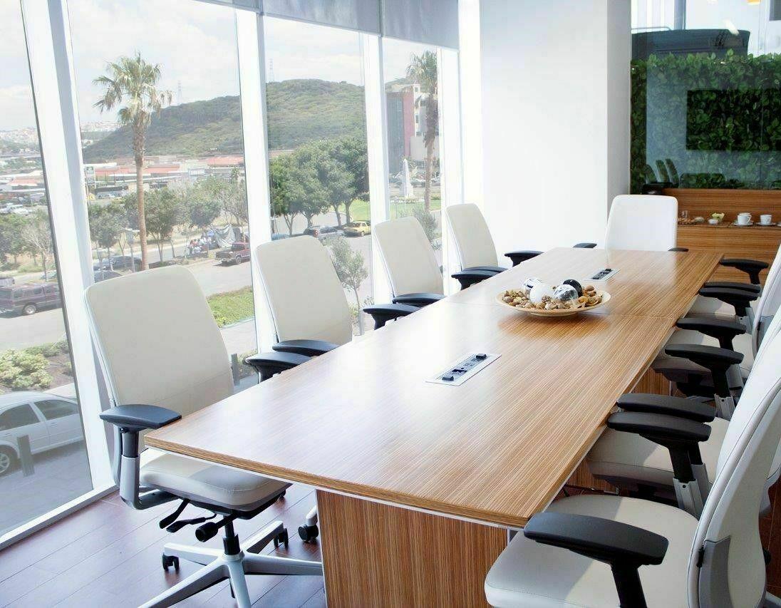 6 de 6: Sala de juntas panoramica con capacidad de 10 usuarios