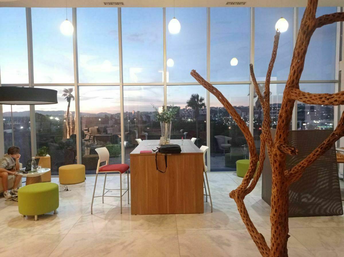 5 de 6: Disfruta de  hermosos atardeceres en tu oficina