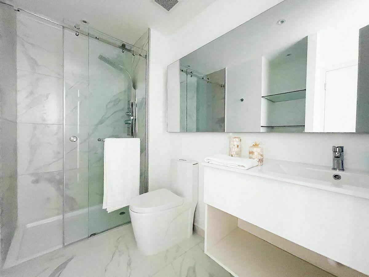 12 de 16: Baño Habitación secundaria. Imagen física
