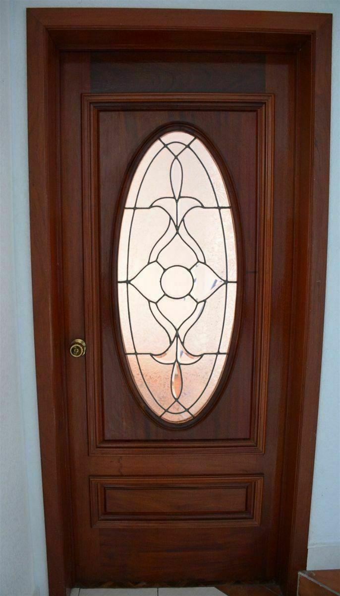 2 de 21: Puerta principal