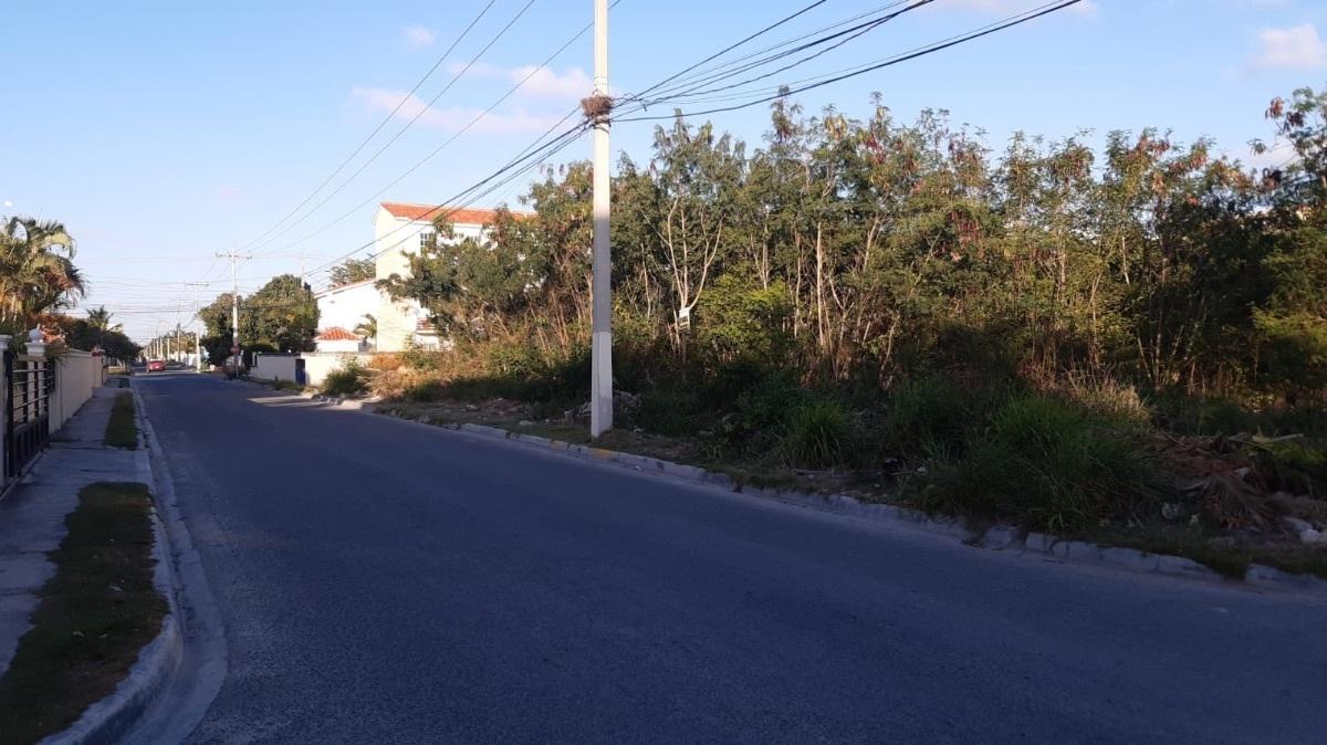 1 de 1: Terreno de esquina con dos calles..