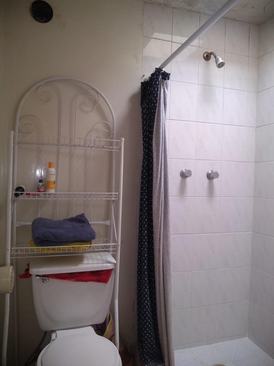 2 de 8: Baño