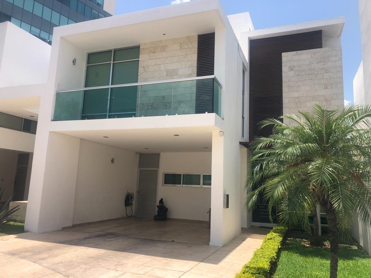 1 de 39: Fachada-  Ricasa Inmobiliaria