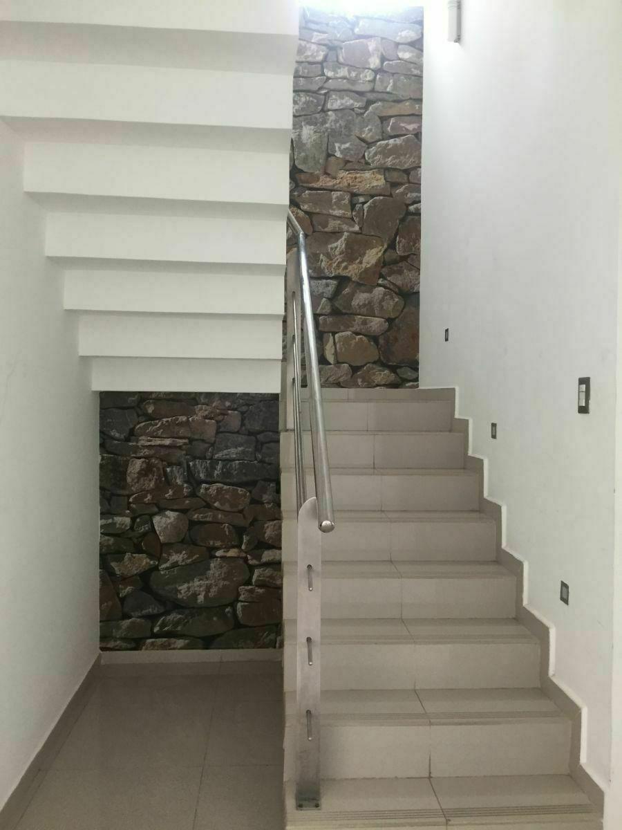 14 de 39: Escaleras