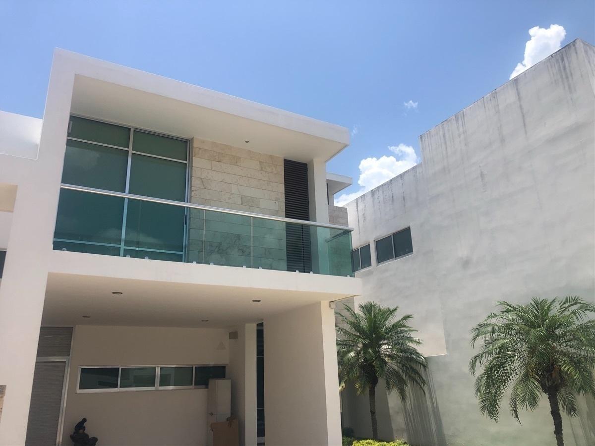 2 de 39: Fachada - Ricasa Inmobiliaria
