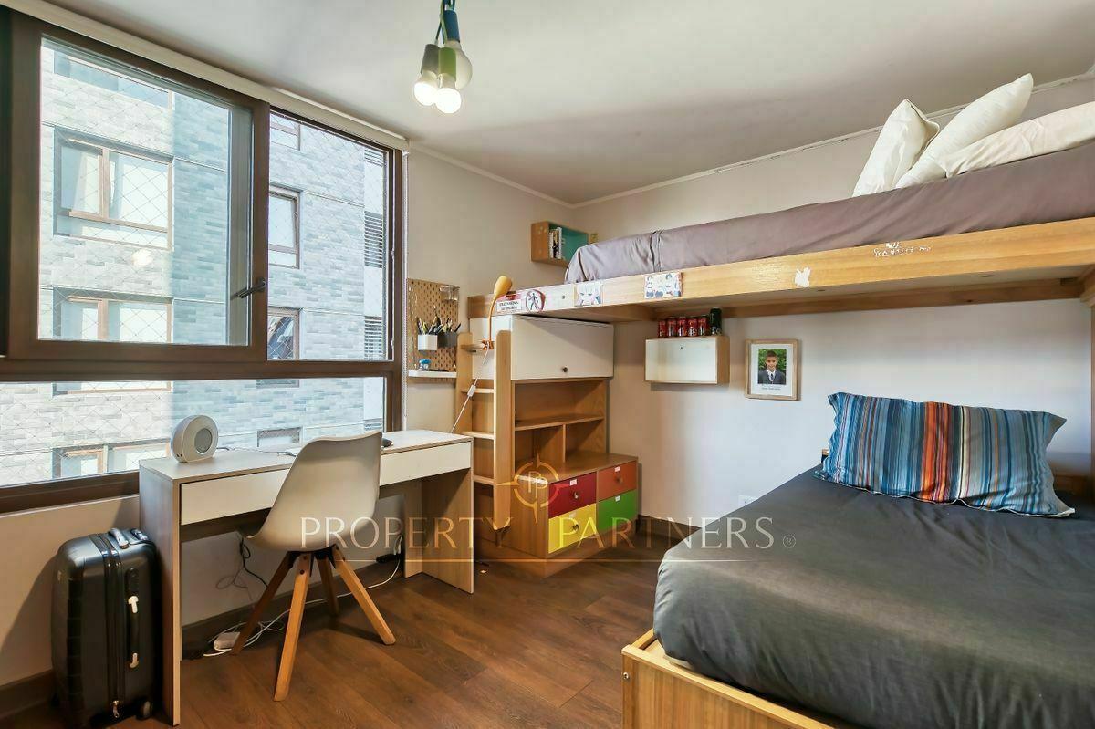 15 de 21: Dormitorio niños
