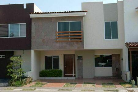 EB-HQ4987