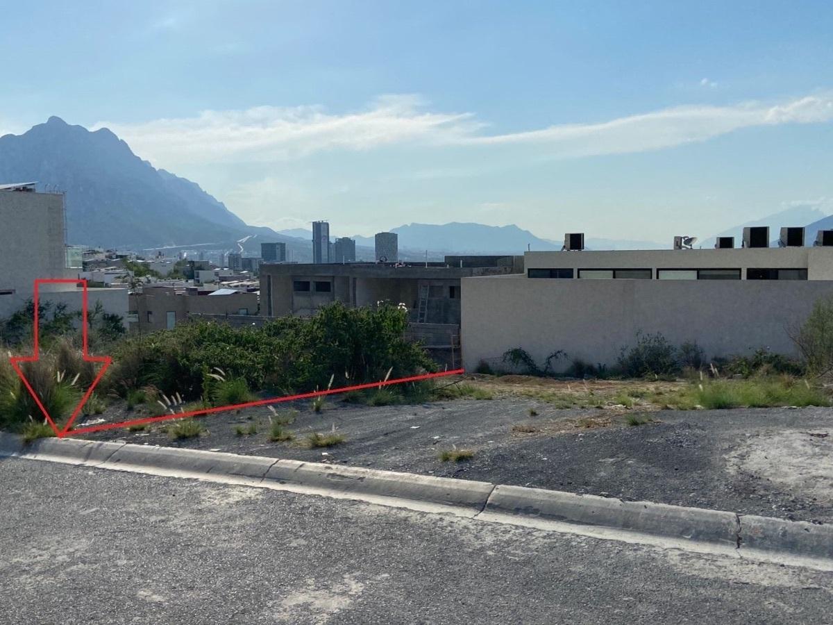 10 de 10: Vista 2 terreno Almena 1, Santa Catarina, Valle Poniente