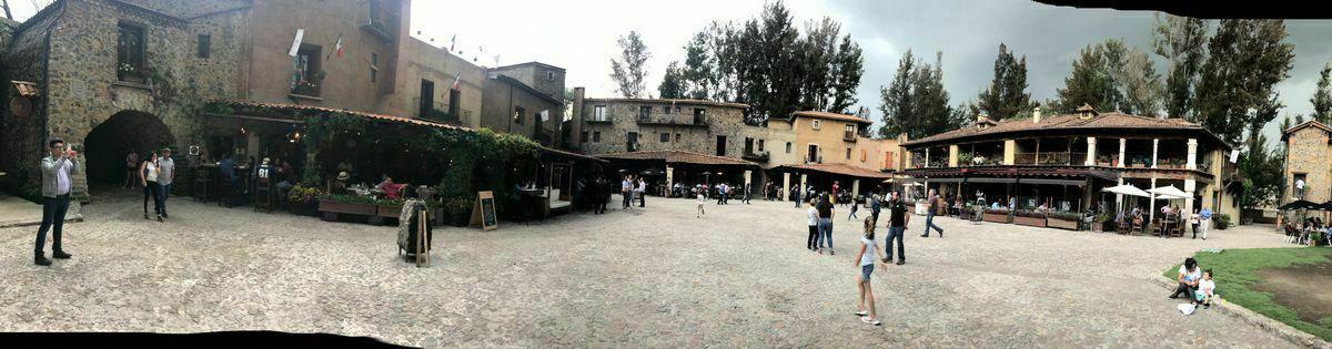 8 de 8: Plaza principal Val'quirico