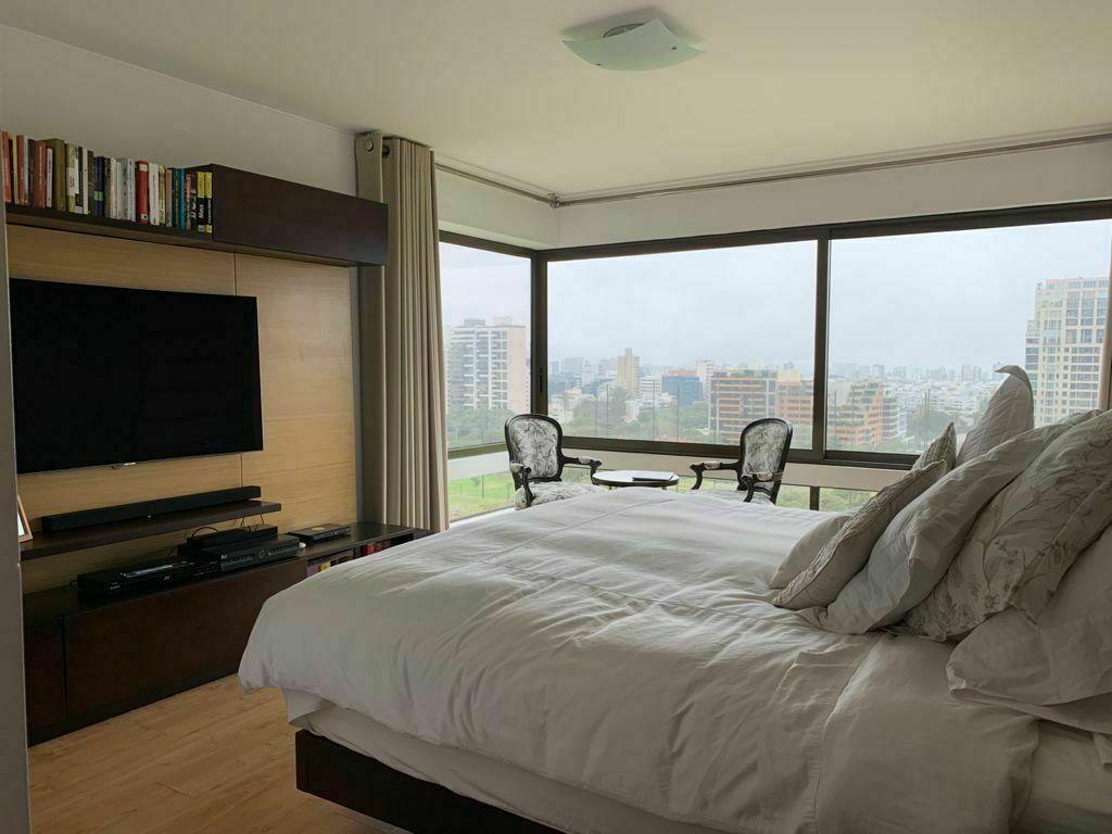 8 de 11: Dormitorio principal