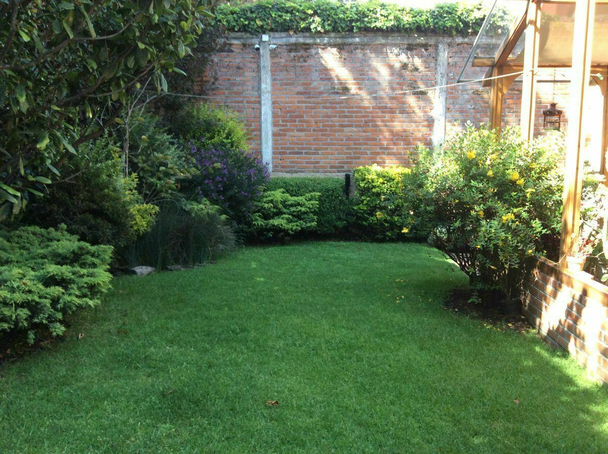 10 de 23: Jardín interior