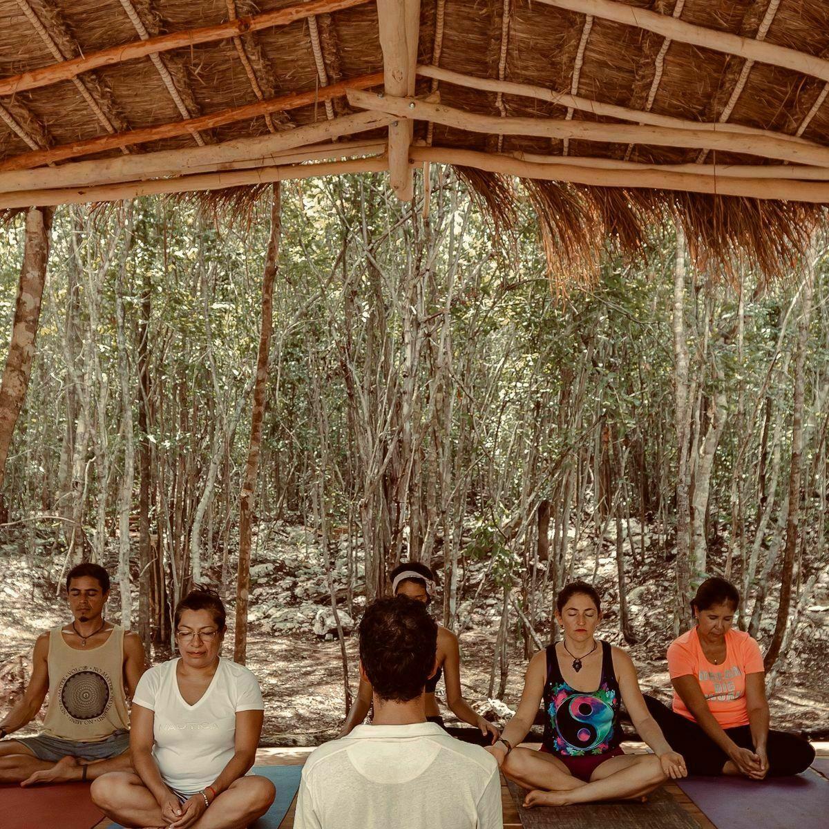 11 de 12: Área de Yoga