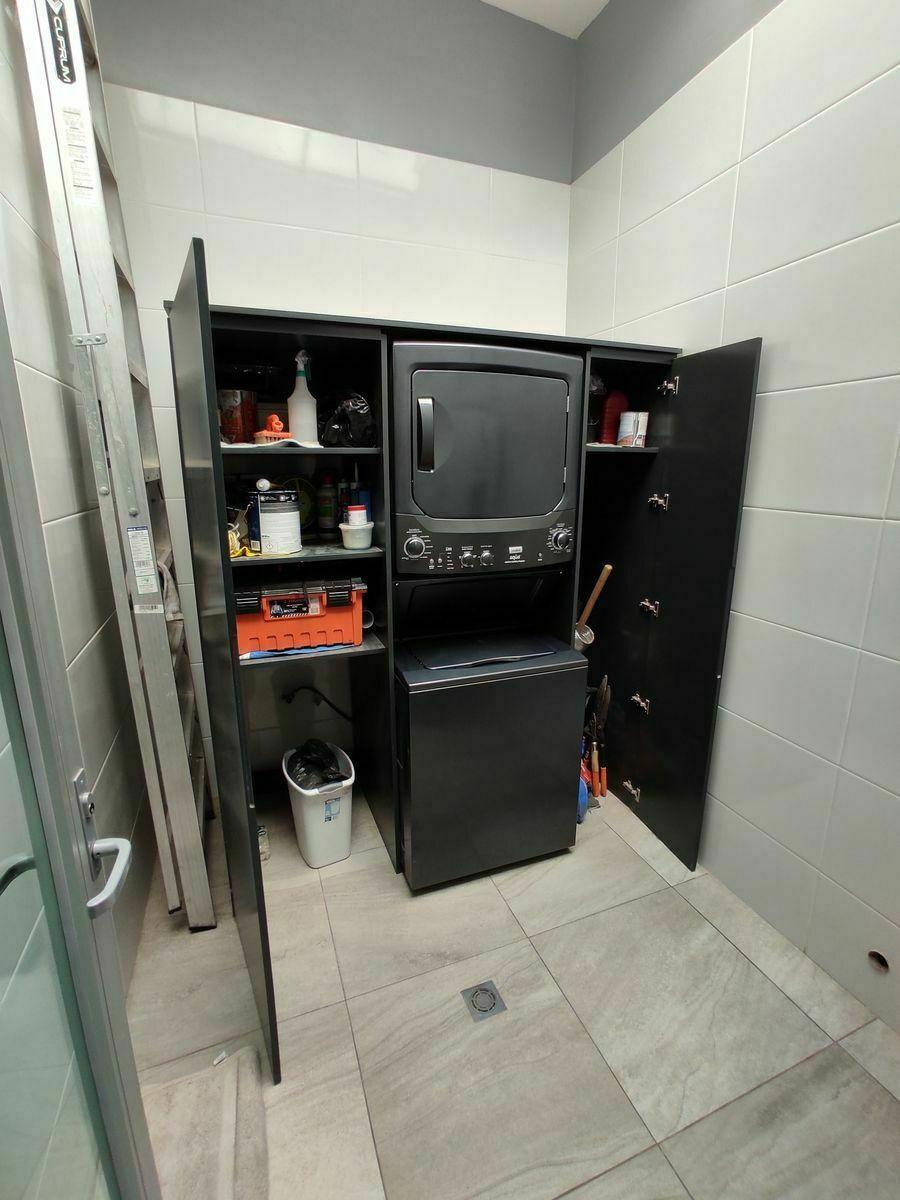 22 de 45: Incluye Locker y centro de lavado