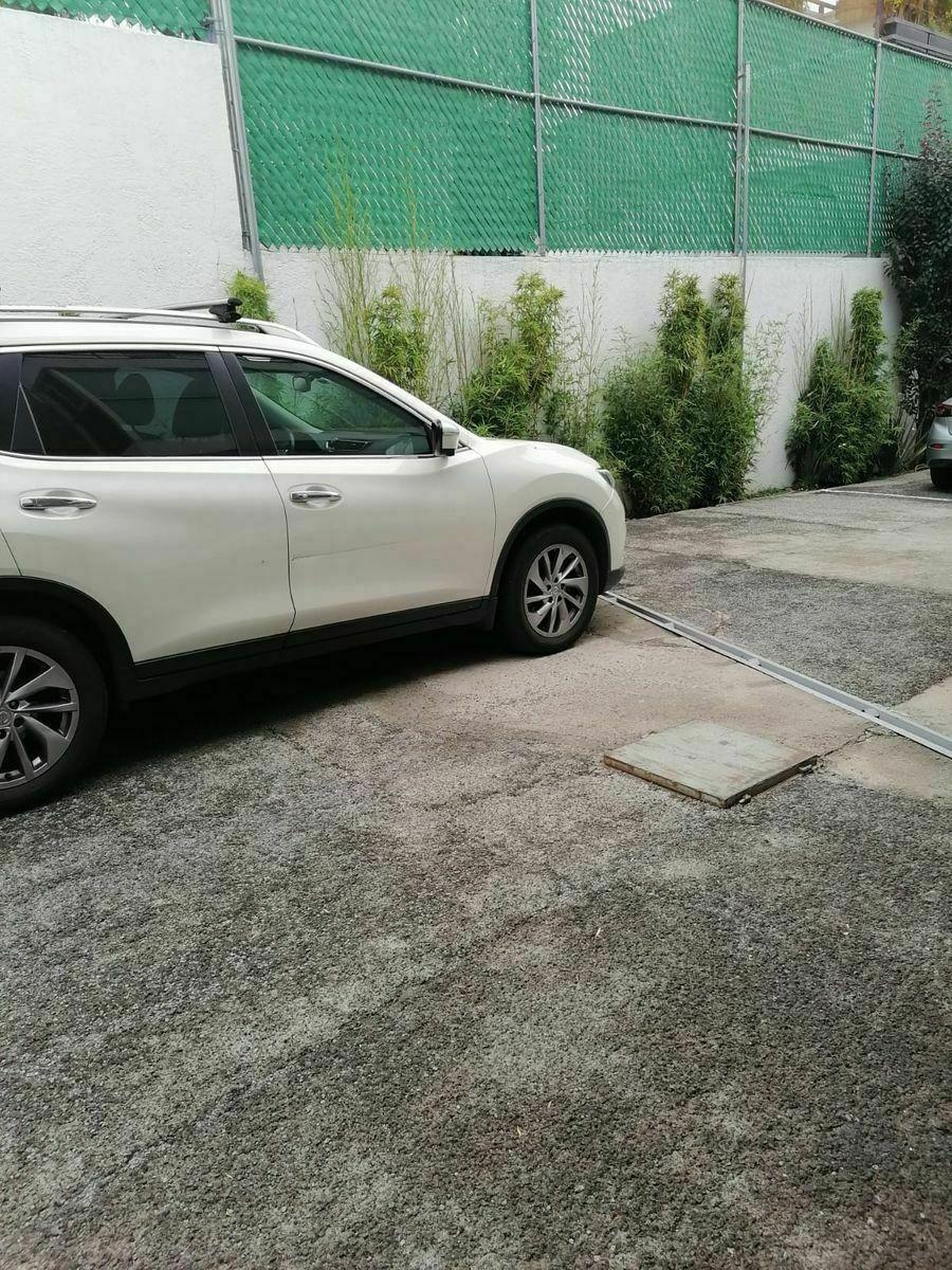 12 de 20: estacionamiento