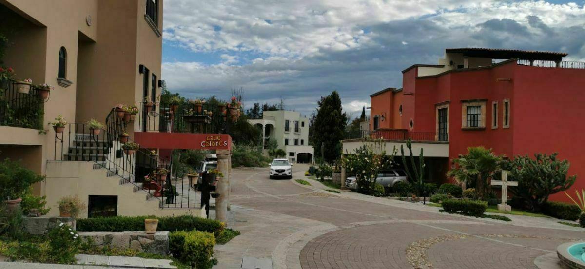 25 de 28: Vista de Calle Colores dentro del Desarrollo Villas Acuarela
