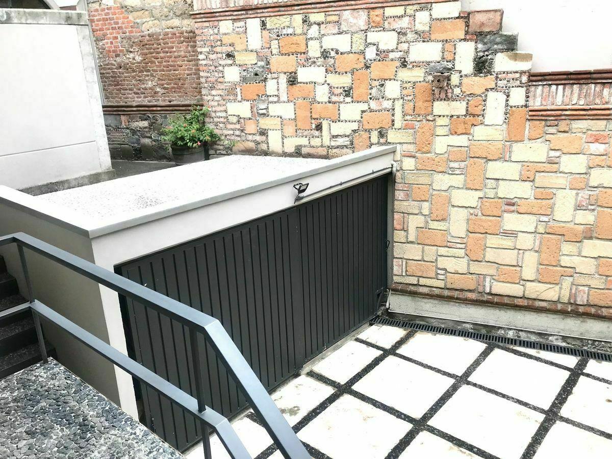 17 de 46: Bodega abajo Terraza arriba que da al jardín