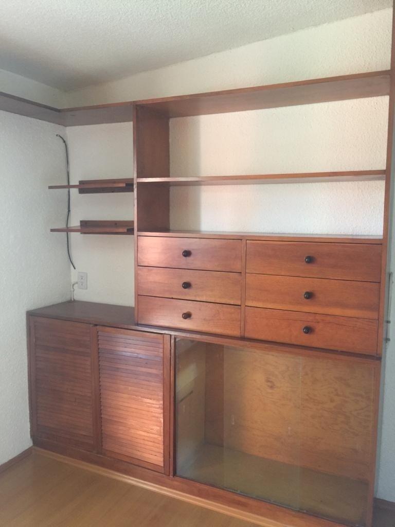 6 de 12: Closets de madera