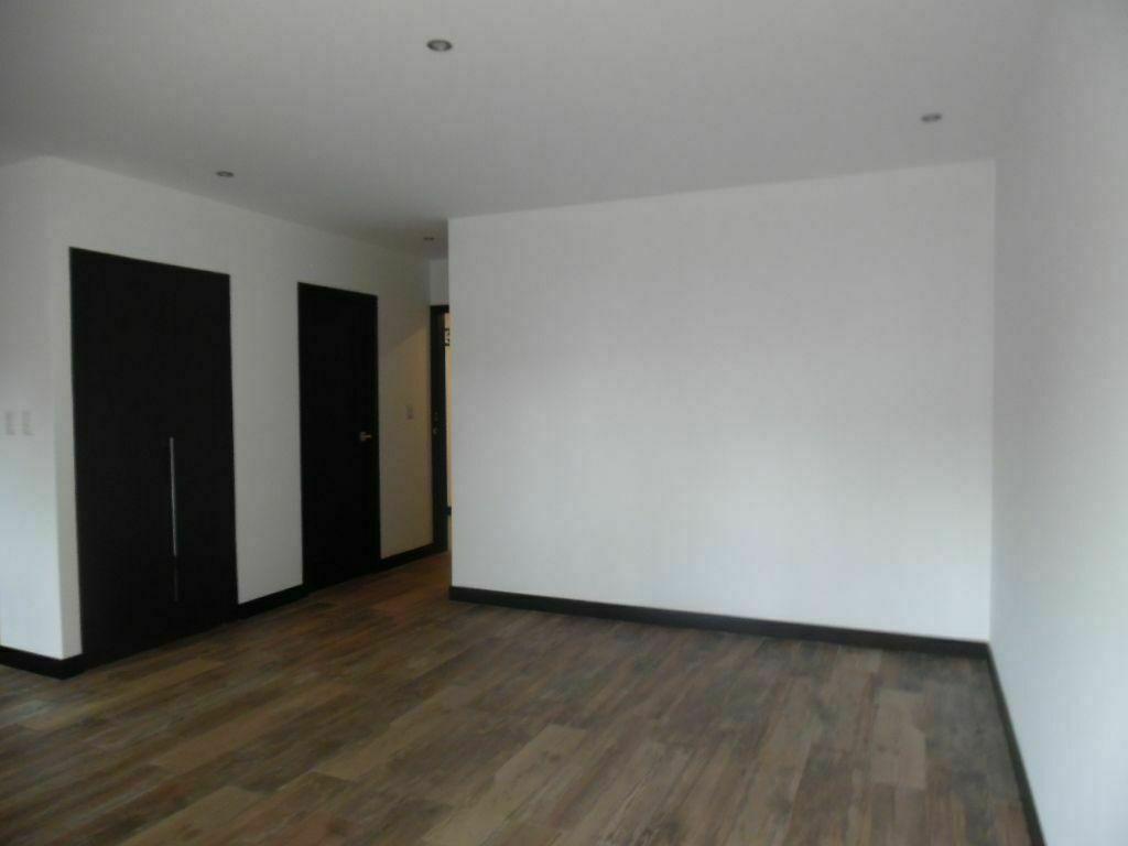 10 de 15: Vista interior de la habitación