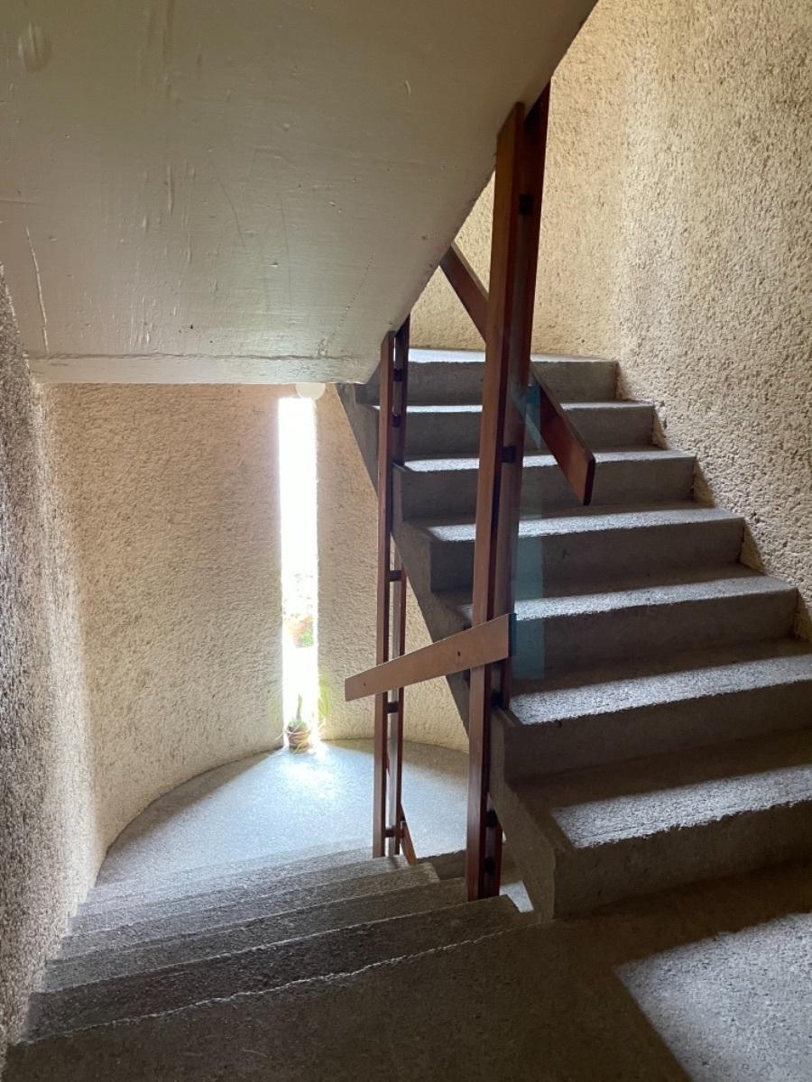 16 de 19: Escaleras