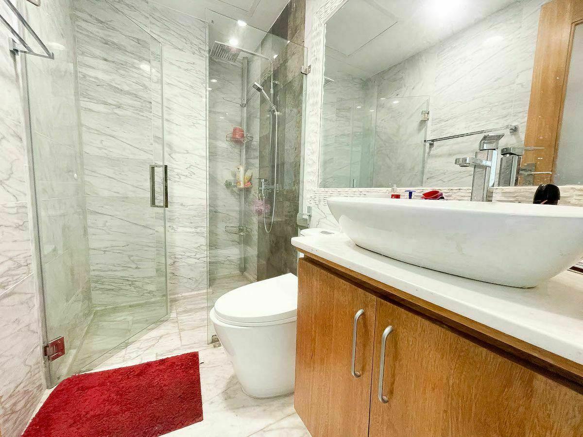 22 de 23: Baño habitación #3