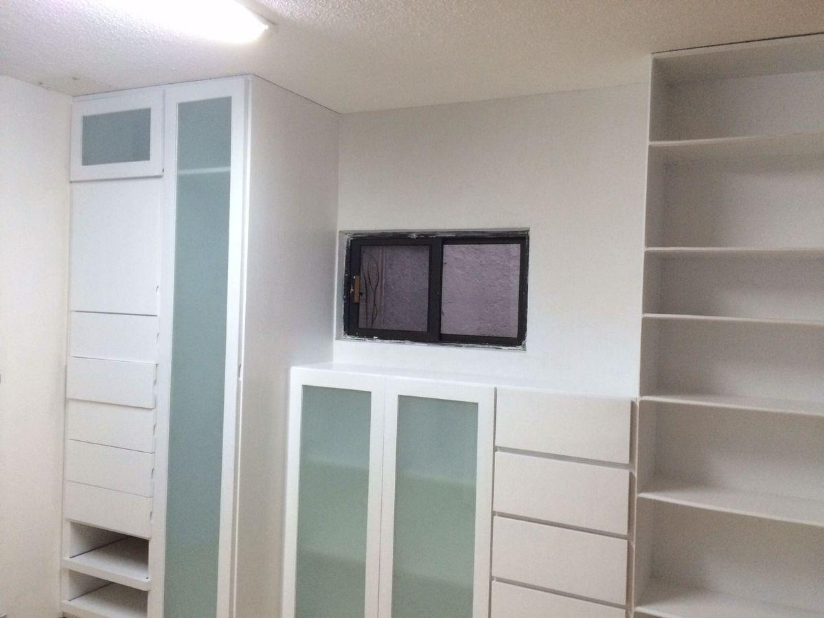 38 de 40: Área de closets  del departamento independiente.