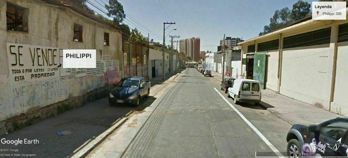 2 de 5: Calle Philippi