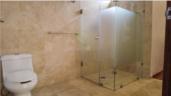 12 de 13: Baño Completo Recámara Principal