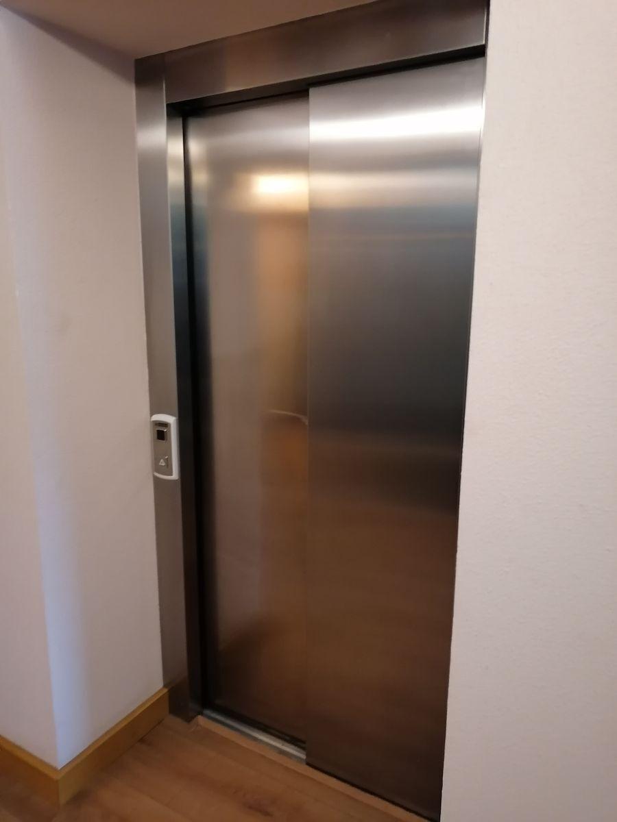 43 de 46: elevador