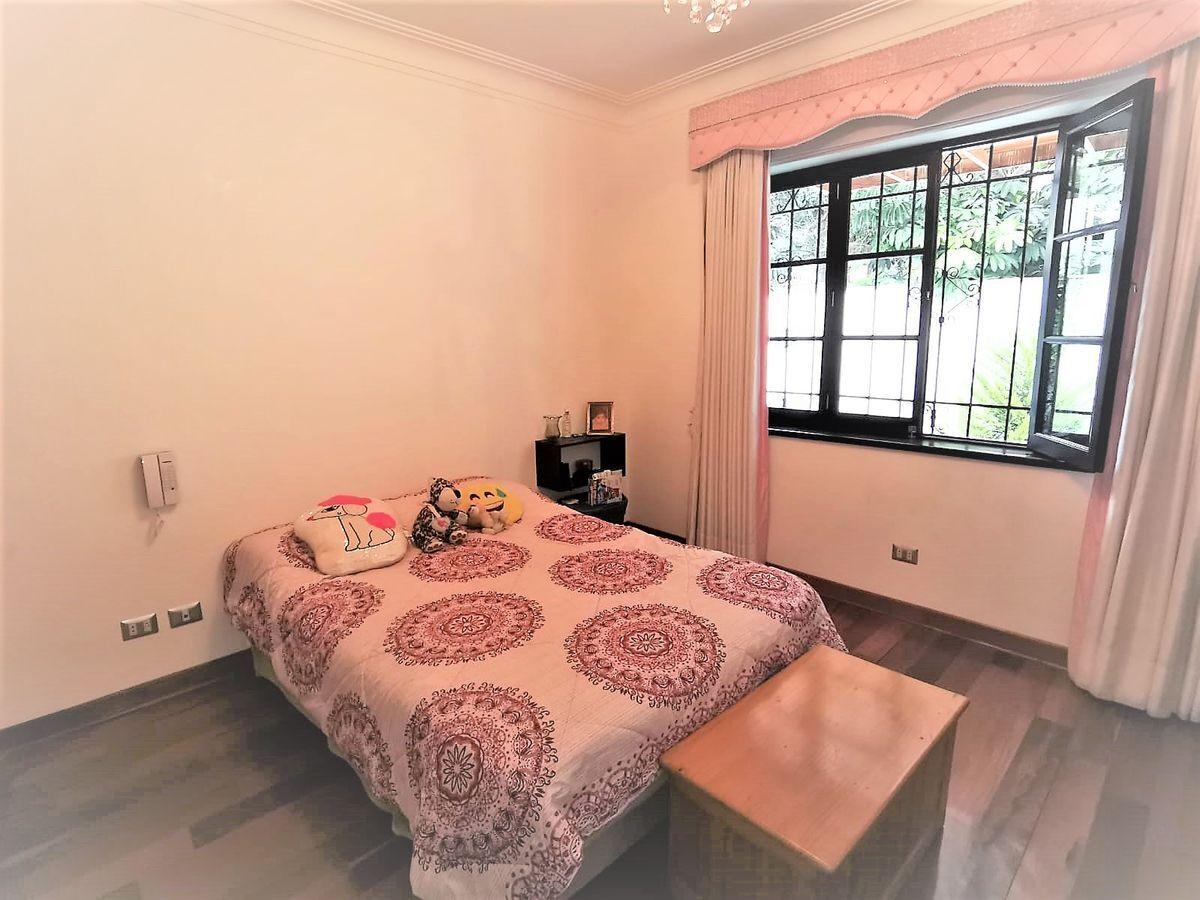 17 de 21: Dormitorio Secundario con vista a jardín