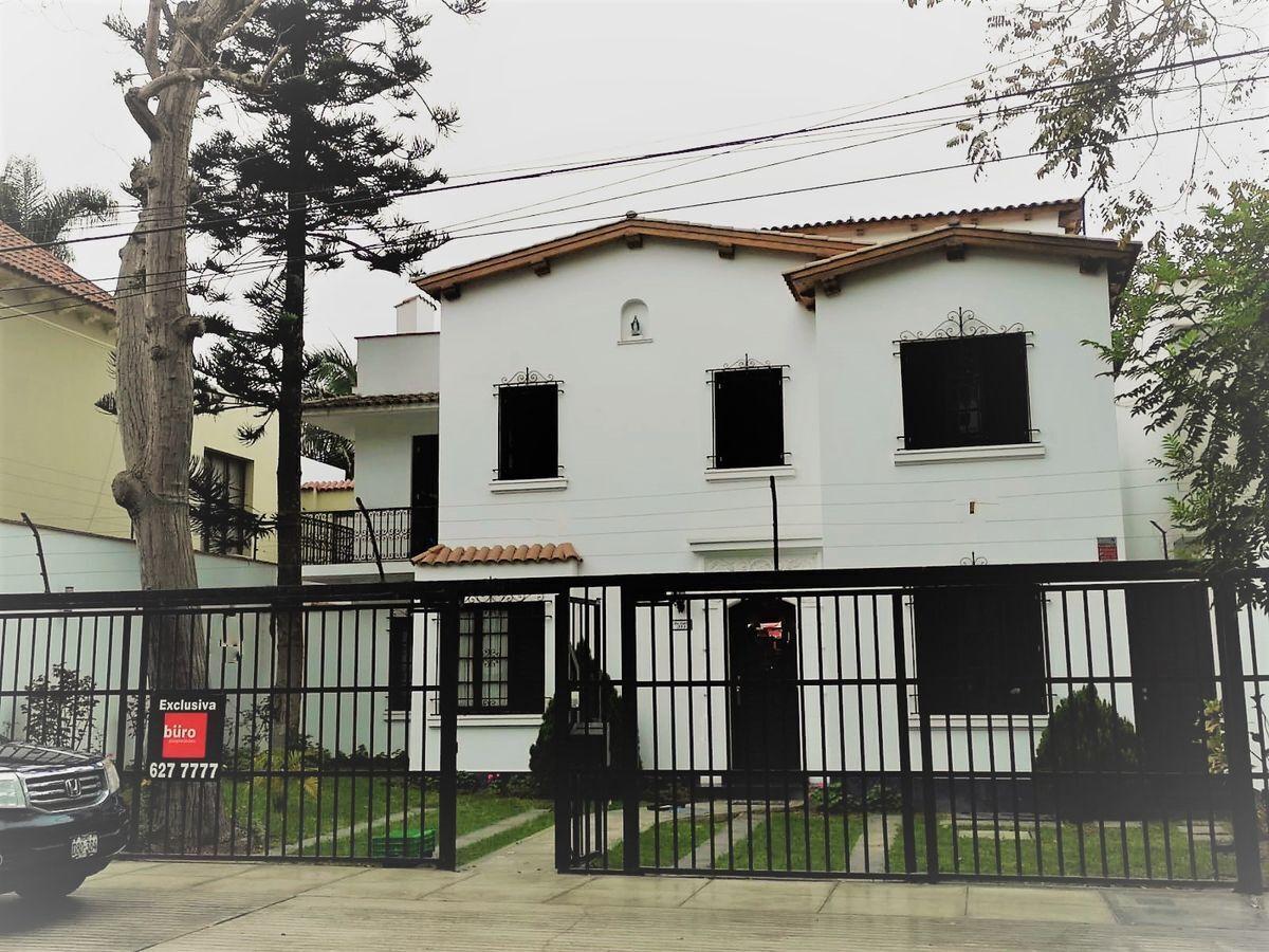 3 de 21: Linda Fachada  Original de la Casa Remodelada