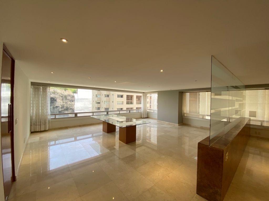 1 de 29: Sala comedor con espacios amplios e iluminada.