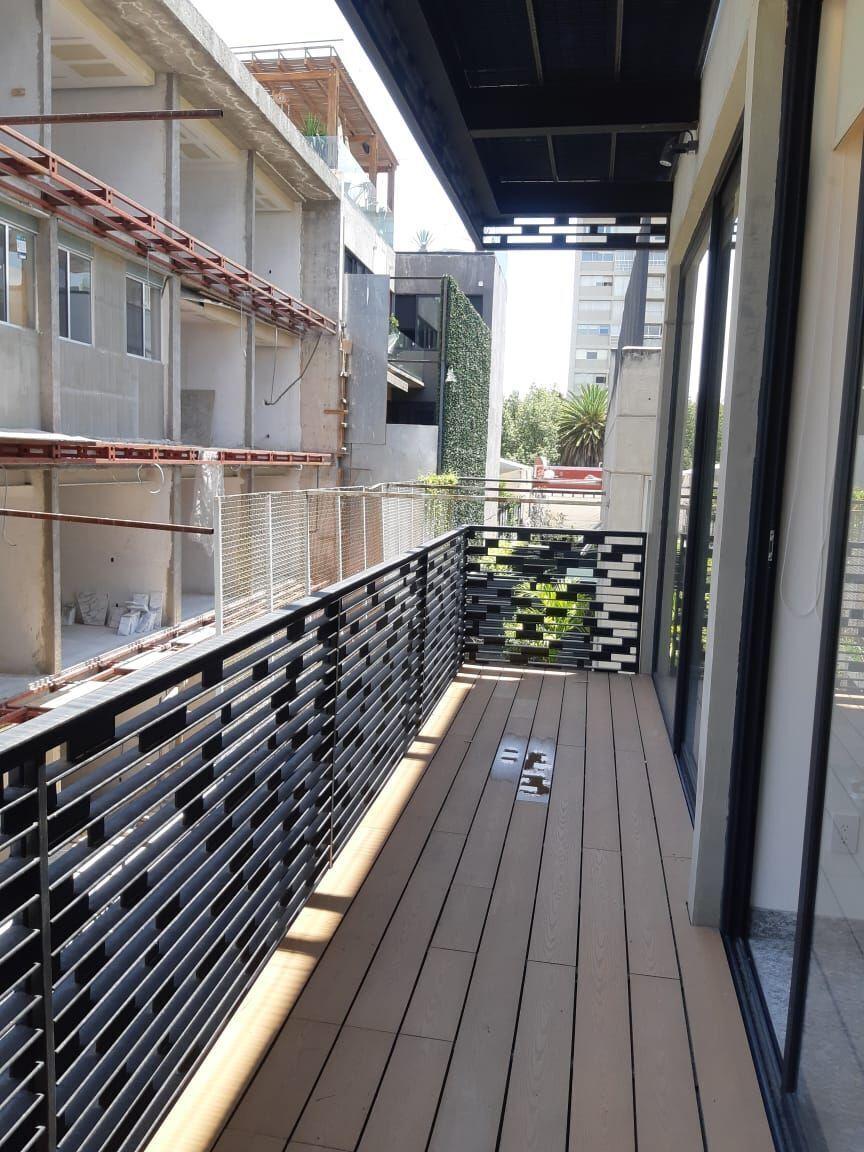 23 de 31: Balcón