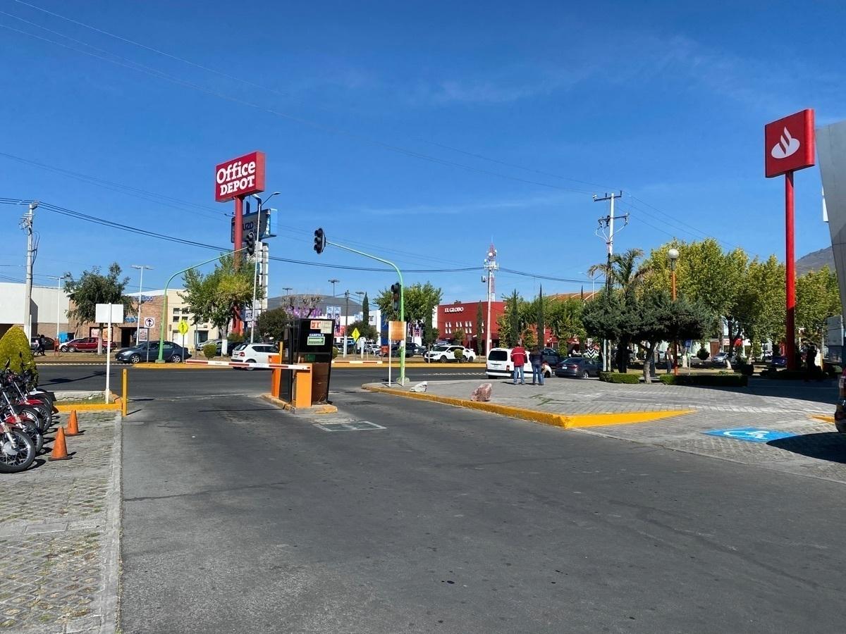 10 de 10: Más de 80 lugares de estacionamiento