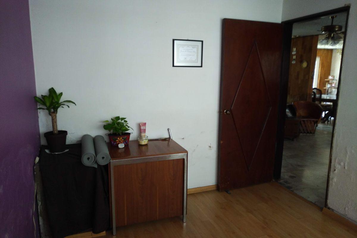 16 de 50: Oficina
