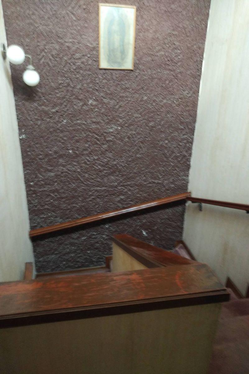 40 de 50: Cubo de escaleras