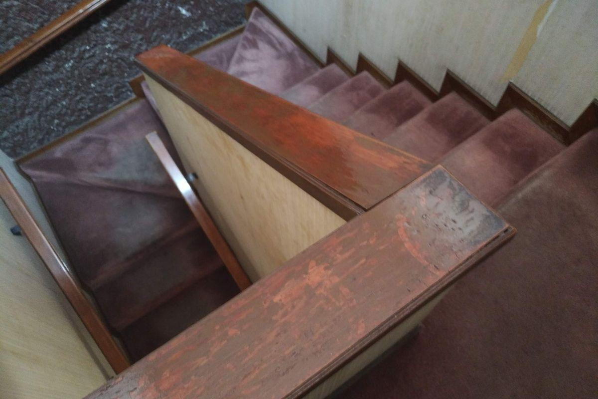 41 de 50: Vista de escaleras cenital