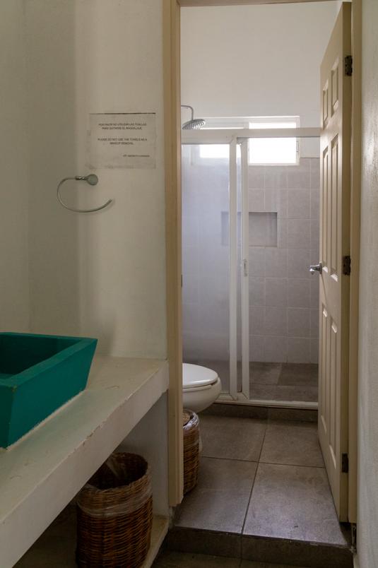 19 de 26: Baño Habitación para 6 personas