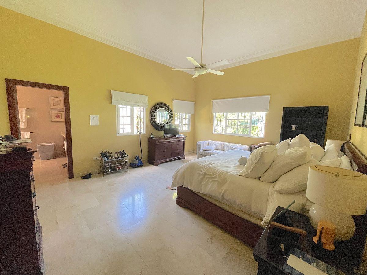 4 de 16: Habitación principal tipo suite