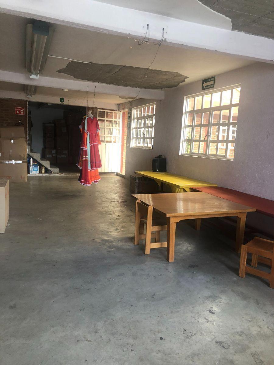34 de 40: Area Trabajo C P1 Edificio