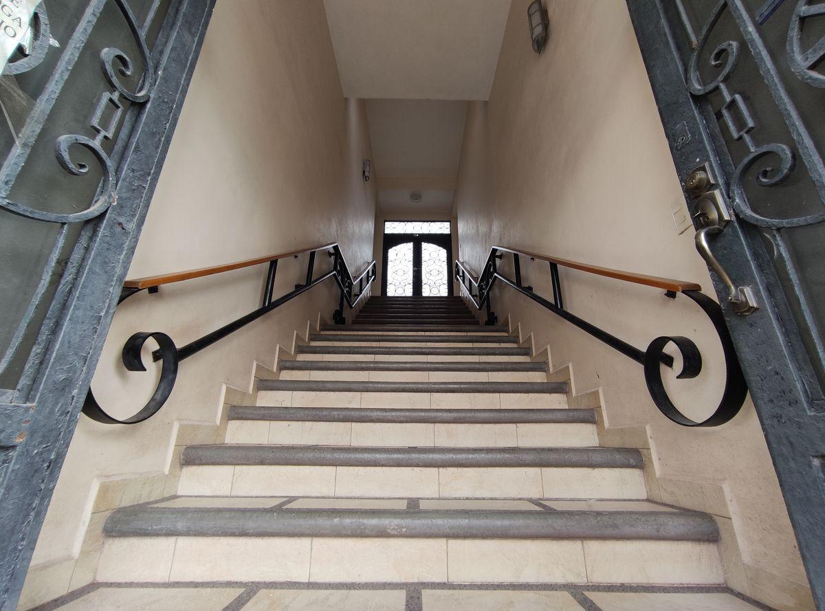 5 de 12: Escaleras.