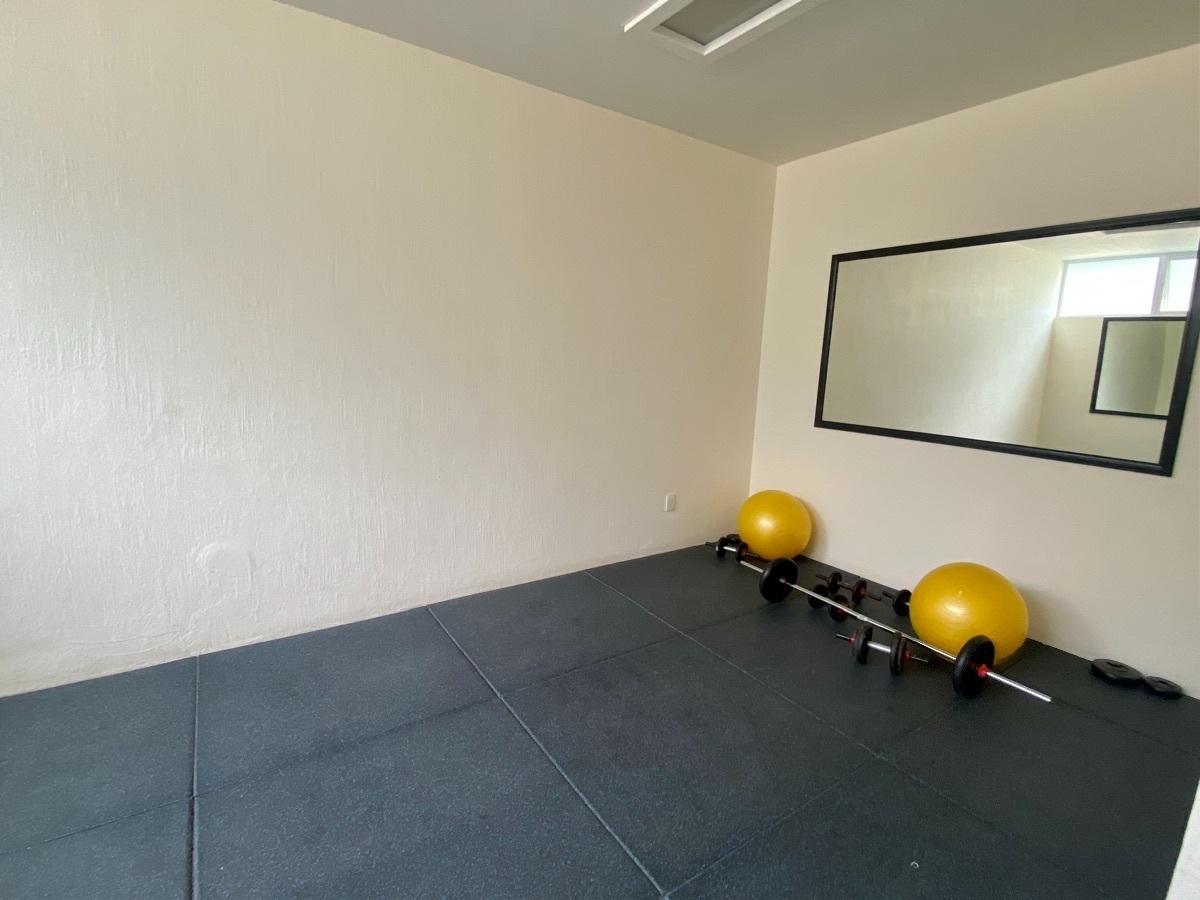 29 de 50: Cuarto de yoga