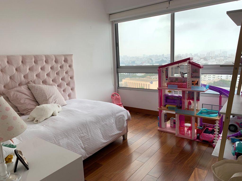 11 de 14: Dormitorio 2 con vista al mar