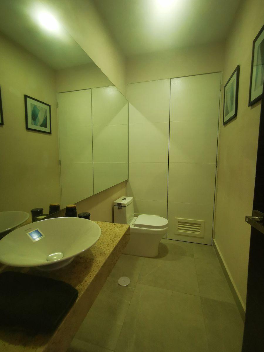 23 de 26: Baño Sala y Comedor