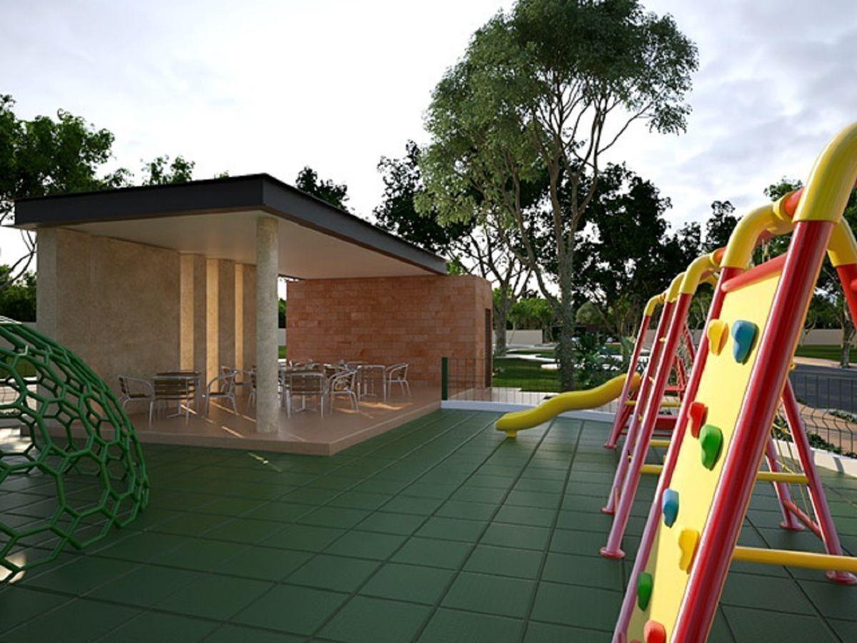 14 de 18: Área Infantil y Terraza