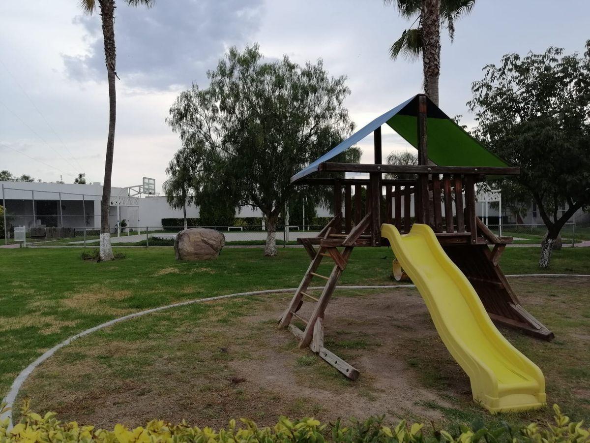 23 de 25: Area para niños