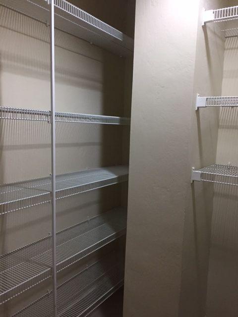 9 de 16: Closet para ropa blanca.